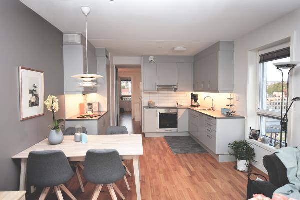 nordli spisebord – Design by VAMØ